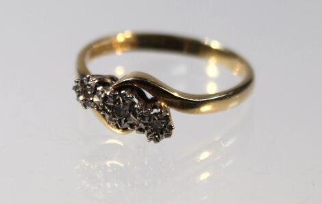 A ladies cross over ring