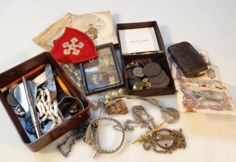 Various costume jewellery