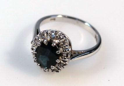 A ladies ring