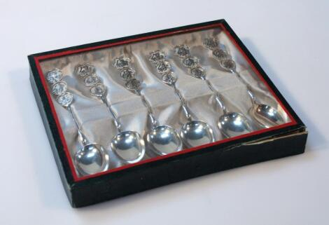 A set of six teaspoons