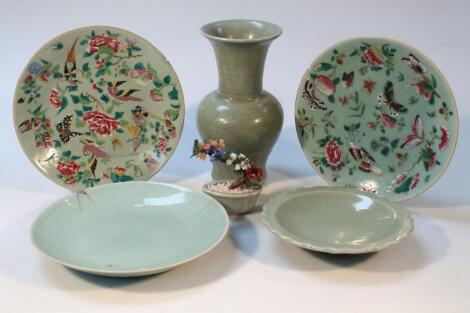 Various Chinese celadon earthenware
