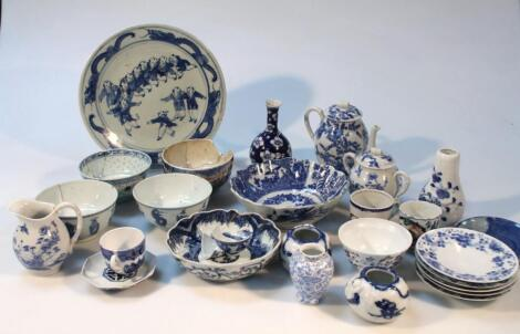 Various 18thC and later Chinese and Japanese blue and white and other porcelain and earthenware