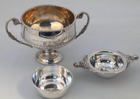 A George V silver two handled bowl