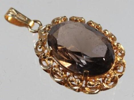 A smoky quartz pendant