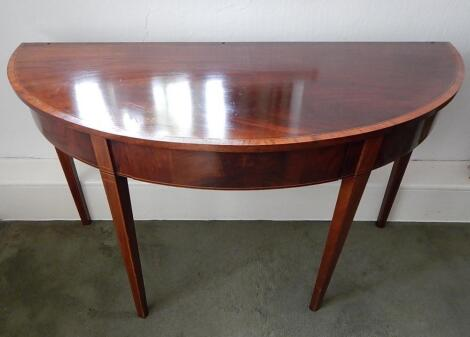 A George III figured mahogany 'D' end table