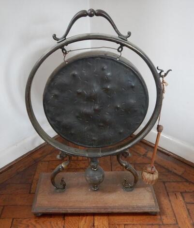 A Victorian dinner gong