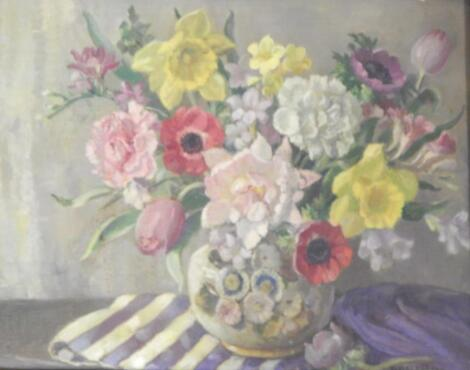 Florence Fieldhouse (1898-1974). Floral still life