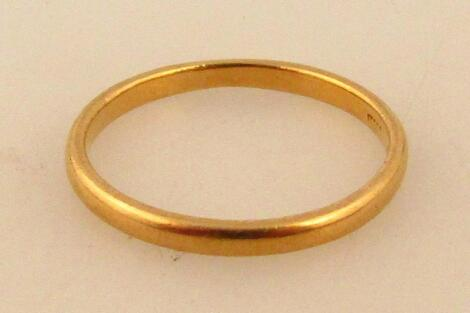A 22ct gold wedding band
