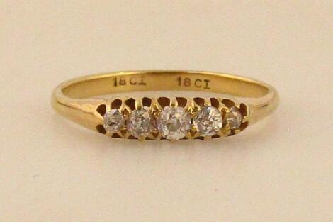 A ladies' graduated five stone old brilliant cut diamond ring