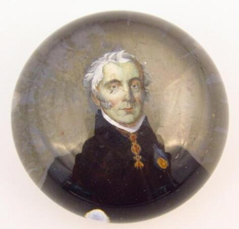 A 19thC glass paperweight