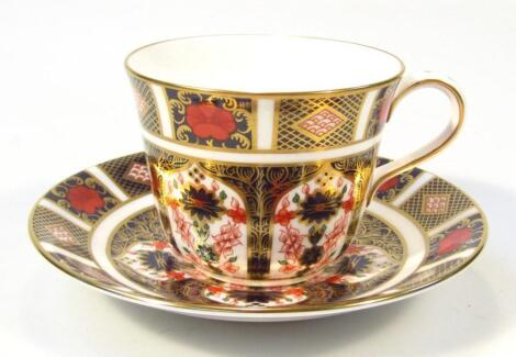 A Royal Crown Derby Imari pattern tea cup and saucer