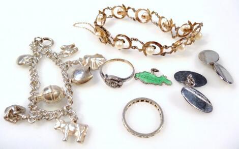 An Edwardian style bracelet