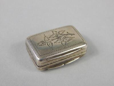 A George IV silver vinaigrette - 2