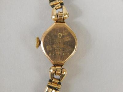 An Astin ladies wristwatch - 3