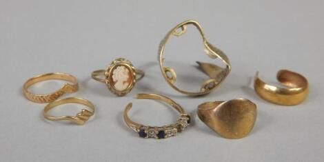 A quantity of rings