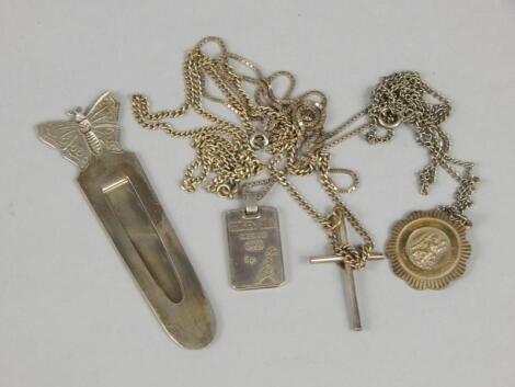 Various items of white metal jewellery