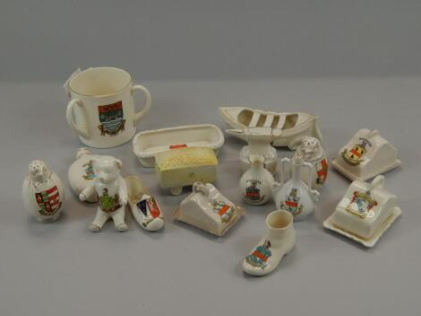 A quantity of crested ware relating to Lincolnshire and other counties