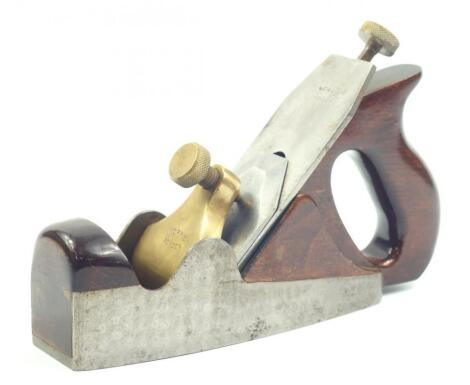 A Norris of London A5 dovetail coffin smoothing plane
