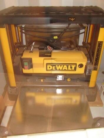 A DeWalt DW-733 230v portable thicknesser