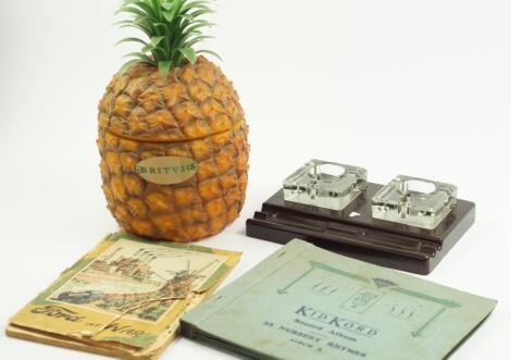 A Britvic plastic pineapple ice bucket