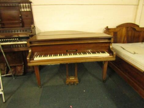 A Hemingway early 20thC mahogany cased baby grand piano