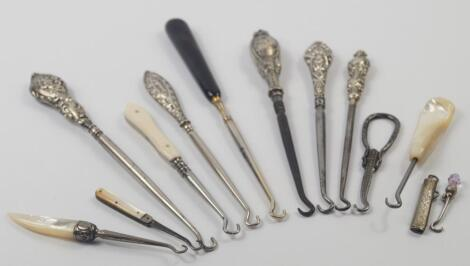 Five Victorian and Edwardian button hooks