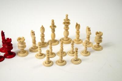 A 19thC white and red stained ivory chess set attributed to Calvert of Fleet Street - 4