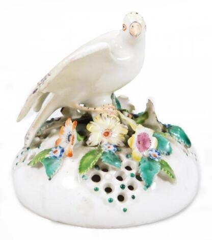An 18thC Derby porcelain pot pouri vase cover