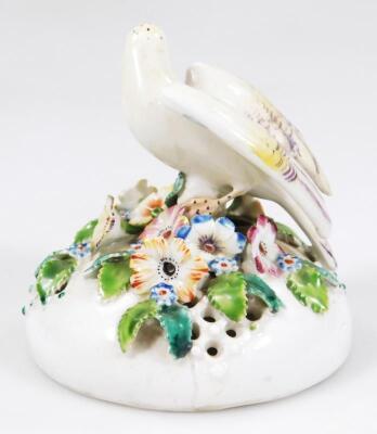 An 18thC Derby porcelain pot pouri vase cover - 3