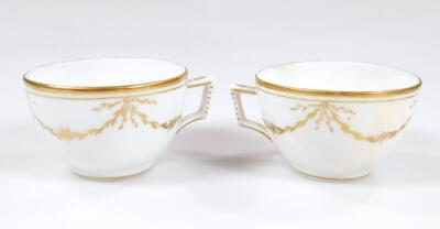 An early 19thC part French porcelain tea set - 17