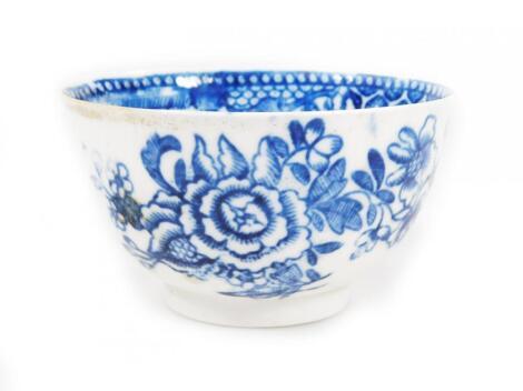 An 18thC Pennington Liverpool porcelain tea bowl