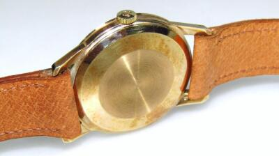 A mid-20thC gentleman's Omega automatic 9ct gold cased wristwatch - 3