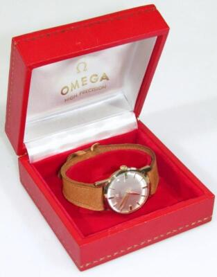 A mid-20thC gentleman's Omega automatic 9ct gold cased wristwatch - 4