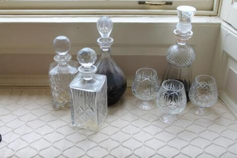 A cut crystal thistle decanter