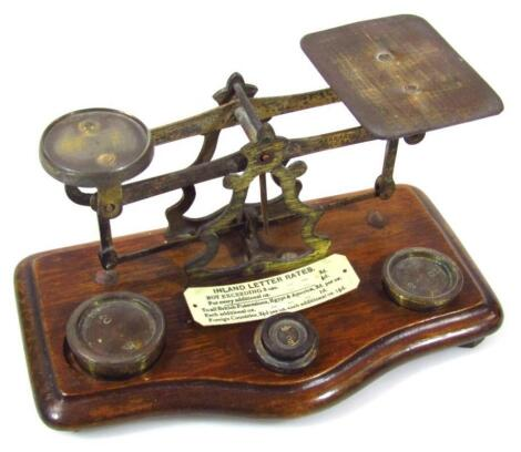 An early 20thC brass postal scale