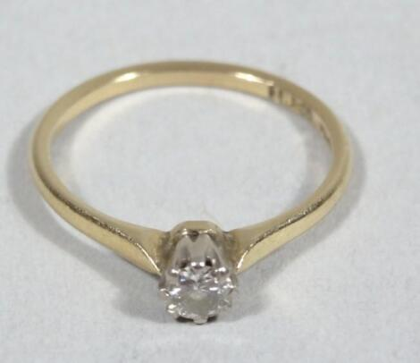 A ladies diamond 0.15cts 18ct gold solitaire ring
