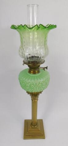 A late 19thC brass Corinthian column oil lamp