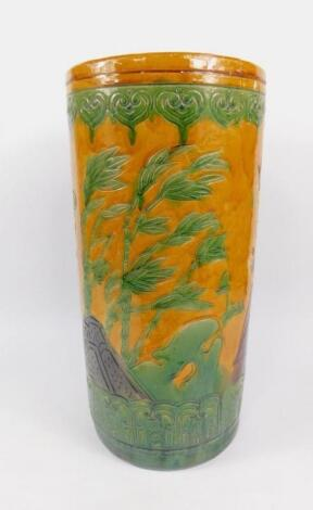 A Chinese early 20thC pottery jardiniere stand