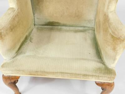 A Queen Anne walnut framed library wingback chair - 4