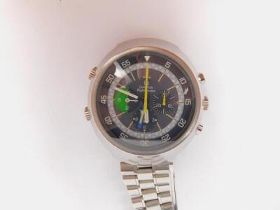 A gentleman's 1970s Omega Flightmaster chronograph stainless steel wristwatch - 2
