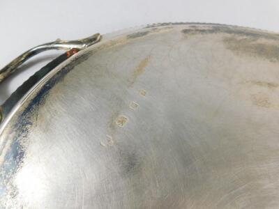 An Elizabeth II oval silver two handled tray - 3