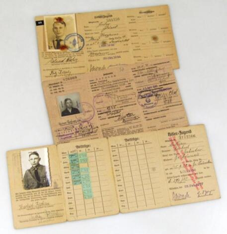Three Third Reich Fuhrer/Mitgleids Ausweis Der Hitler Jugend
