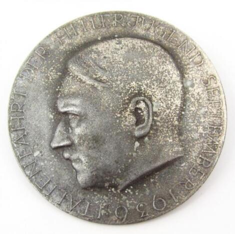 A Third Reich 'Italien fahrt Der Hitler Jugend' 1936 zinc badge