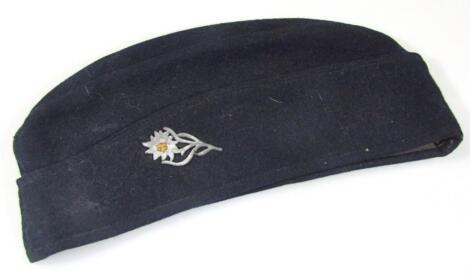 A Third Reich M40 military side cap