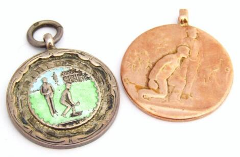 An early 20thC 9ct gold bowls medal