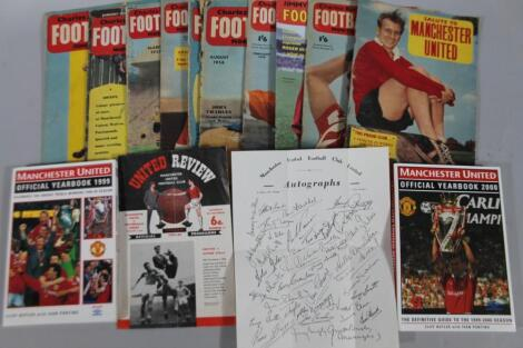 Various Manchester United related ephemera
