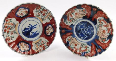A pair of early 20thC Japanese Imari plates