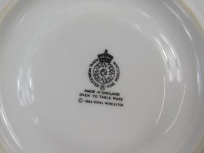 A quantity of Royal Worcester Evesham pattern dinner ware - 2