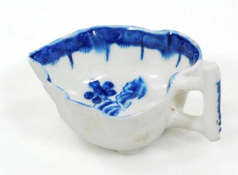 A Derby blue and white butter boat