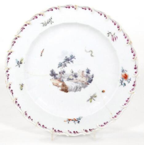 A Chelsea feather moulded plate
